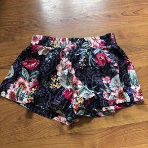NWT LF Three Days Modal floral shorts S